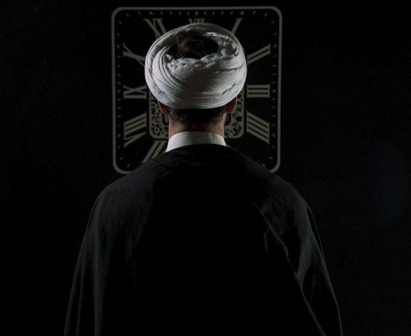 חמינאי: בדיקת פוליגרף תקופתית לעובדים של המודיעין האיראני